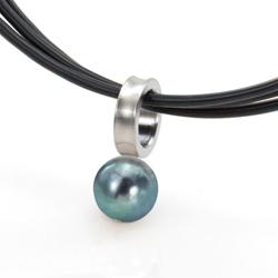Ocelový přívěsek TeNo Stylish Cultured Peacock Pearl