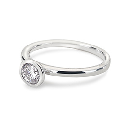 Obrázek è. 2 k produktu: Støíbrný prsten Hot Diamonds Emozioni Scintilla Clear Innocence