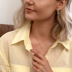 Obrázek č. 11 k produktu: Stříbrné náušnice Hot Diamonds Daisy DE601