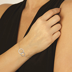 Obrázek č. 1 k produktu: Stříbrný náramek Hot Diamonds Love DL568