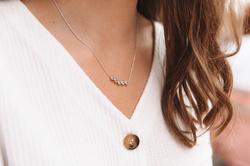 Obrázek č. 3 k produktu: Stříbrný náhrdelník Hot Diamonds Willow DN129