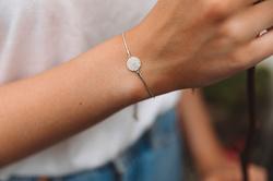 Obrázek č. 5 k produktu: Stříbrný náramek Hot Diamonds Flora DL578
