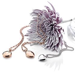 Obrázek č. 9 k produktu: Stříbrný přívěsek Hot Diamonds Memories Heart Locket