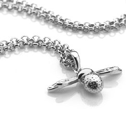 Obrázek č. 1 k produktu: Stříbrný přívěsek Hot Diamonds Paradise Bee