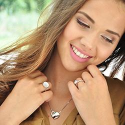 Obrázek è. 16 k produktu: Støíbrný prsten Hot Diamonds Emozioni Scintilla