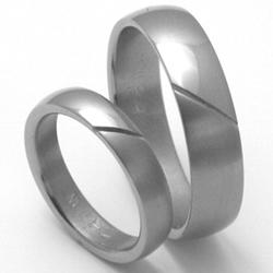 Obrázek č. 1 k produktu: Pánský titanový snubní prsten TTN1201