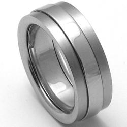 P�nsk� titanov� snubn� prsten TTN2201